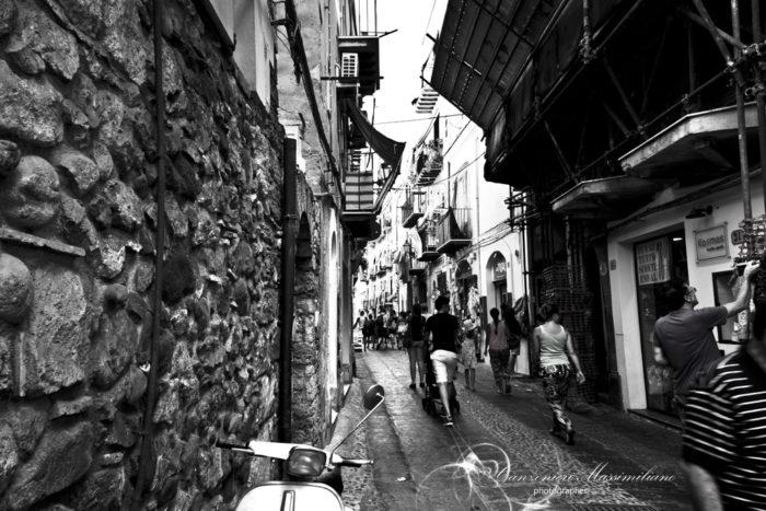 Fotografia di Canzonieri Massimiliano - Tra le strade di Cefalù - Sicilia